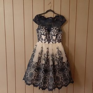 NWT Chi Chi London Embroidered Formal Dress Size 8